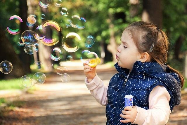 Wpływ emocji na rozwój intelektualny dziecka